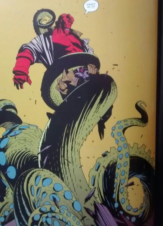 Foto libro Hellboy