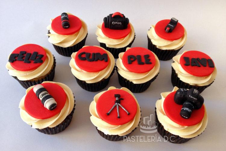 Cupcakes personalizados temáticos en Bogotá cámara fotográfica Canon o Nikon
