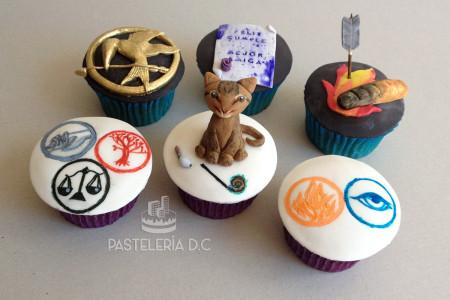 Cupcakes personalizados en Bogotá Juegos del Hambre Divergente Gato