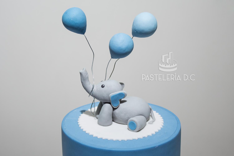 Topper figura Elefante bebé con globos bombas Ponqué Pastel Torta personalizada en Bogotá