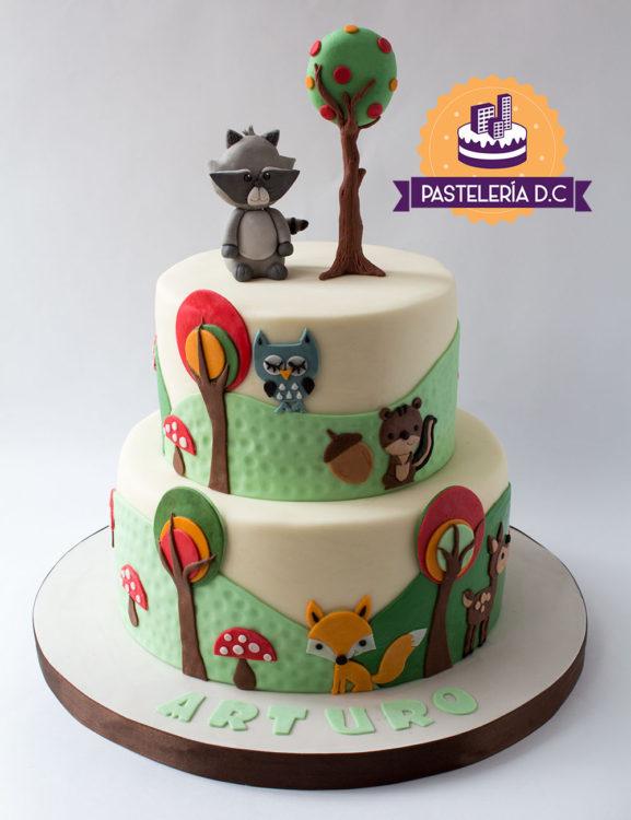 Ponqué Pastel Torta personalizada en Bogotá bebé niño o niña animales del bosque