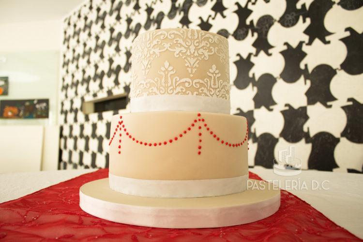 Ponqué Pastel Torta personalizada Matrimonio o Boda beige en Bogotá