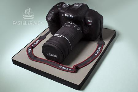 Ponqué Pastel Torta personalizada en Bogotá Cámara Canon