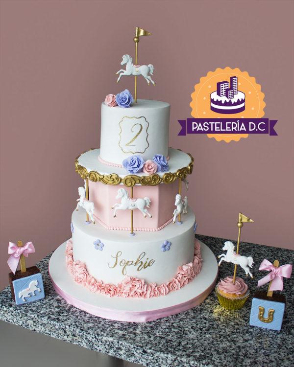 Ponqué Pastel Torta personalizada en Bogotá carrusel cupcakes brownies