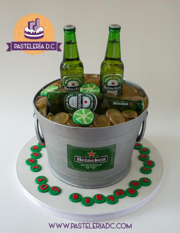 Ponqué Pastel Torta personalizada en Bogotá Balde de cerveza Heineken o Corona