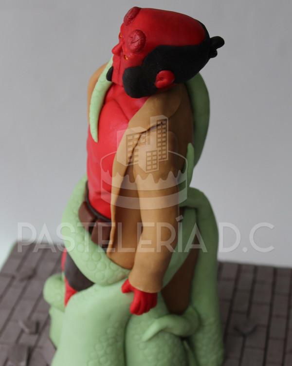 torta-hellboy-detalle03