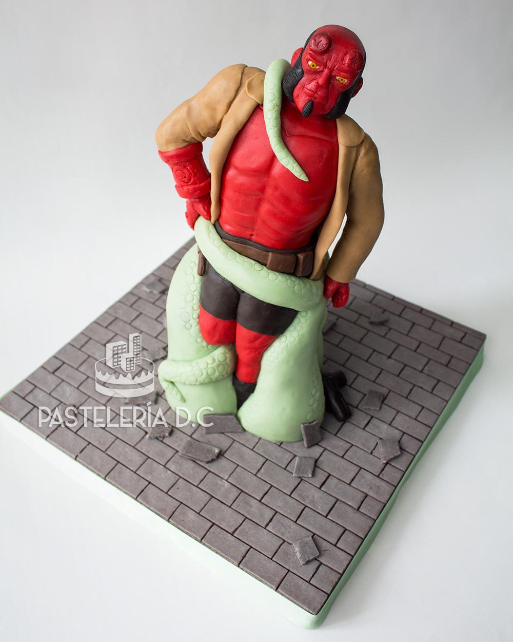 Ponqué Pastel Torta personalizada en Bogotá Hellboy