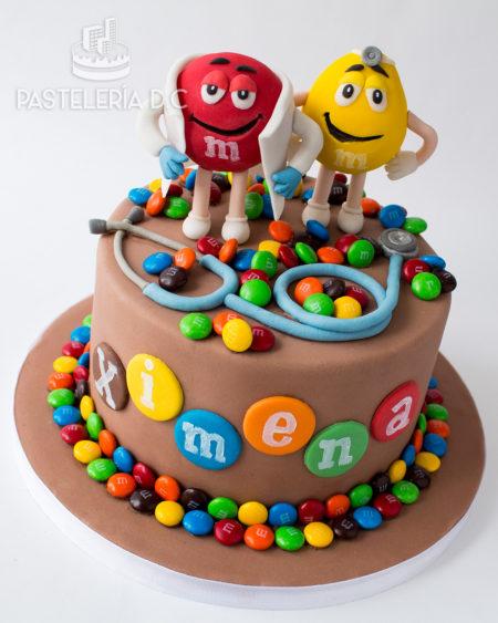 Ponqué Pastel Torta personalizada en Bogotá m&ms myms mms médico doctor