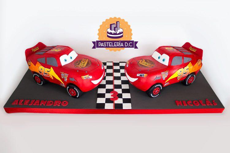 Ponqué Pastel Torta personalizada en Bogotá Rayo McQueen cars Macuin
